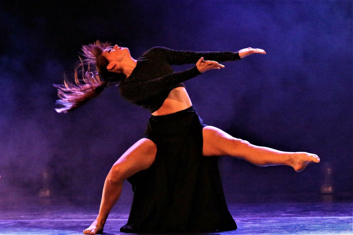 Danstjänst..jpg