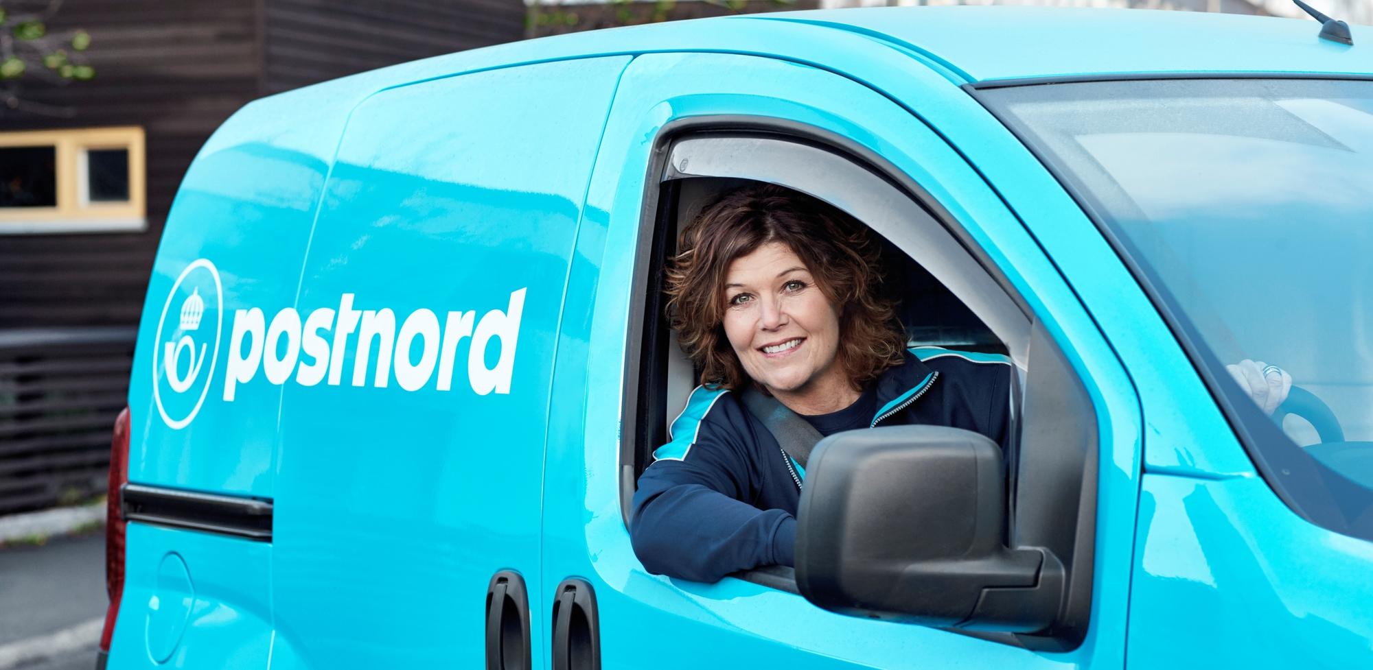 Pakkeomdeler_kvinde i bil.jpg